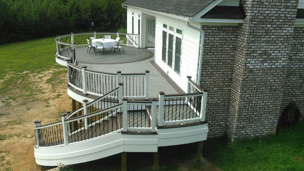 Custom curved Trex Deck